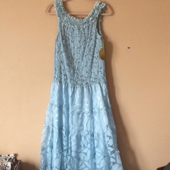 Dresses & Skirts - Full length baby blue party dress